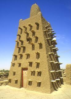 Tombouctou, minaret de la mosquée Djingareiber (c) Yves TRAYNARD - 2000