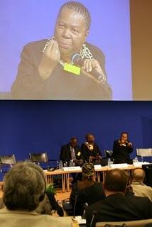 Paris, 8ème Forum international sur les perspectives en Afrique, Ministre sud-africiane de l'Education (c) Yves Traynard 2008