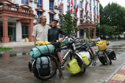 Baoding, Université du Hebei, Eric et Christine (c) Yves Traynard 2009