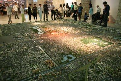 Paris, Cité de l'architecture, Exposition Dans la ville chinoise, maquette de Pékin (c) Yves Traynard 2008