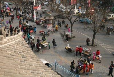 Baoding, Tour de la cloche, marchands ambulants (c) Yves Traynard 2009