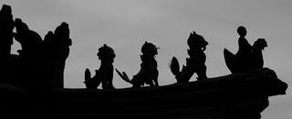 Baoding, Toiture du temple Dartsi (c) Yves Traynard 2009