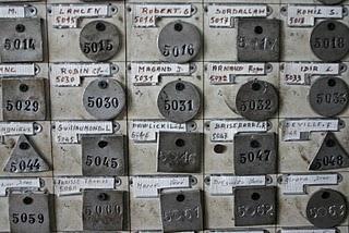 Saint-Etienne, Mine Couriot - Plaques de mineurs (c) Yves Traynard 2007
