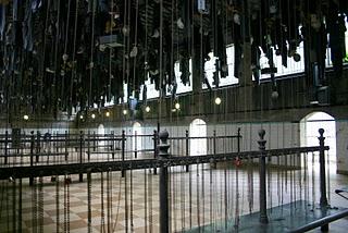 Saint-Etienne, Mine Couriot - salle des pendus (vestiaires) (c) Yves Traynard 2007