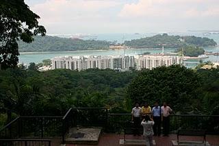 Singapour, Vue du Mont Ferber, le détroit (c) Yves Traynard 2007