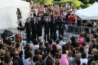 Paris, Parc de Belleville, Concert Daniel Melingo (c) Yves Traynard 2008