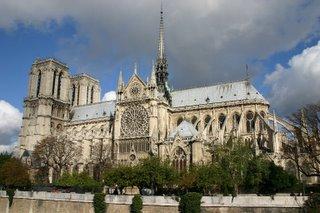 Paris, Notre Dame (c) Yves TRAYNARD 2005