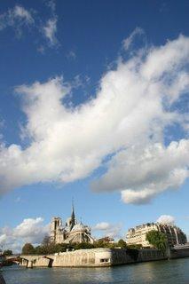 Paris, Ile de la Cité (c) Yves TRAYNARD 2005