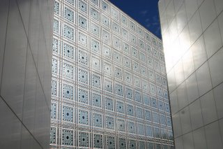 Paris, Institut du Monde arabe (c) Yves TRAYNARD 2005