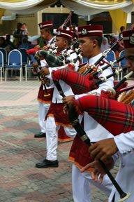 Malacca, Joueurs de cornemuse (c) Yves Traynard 2007