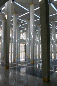 Kuala Lumpur, Mosquee nationale (c) Yves Traynard 2007