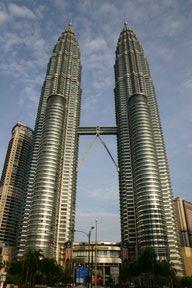 Kuala Lumpur, Les tours Petronas (c) Yves Traynard 2007