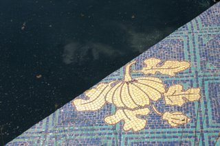 Paris, Petit Palais, bassin (c) Yves Traynard 2006