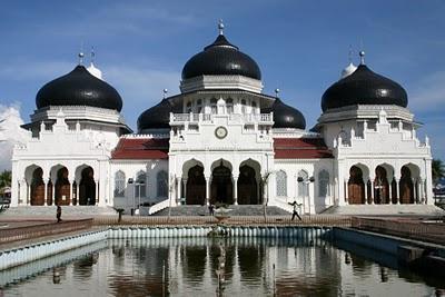 Banda Aceh, Mosquée principale (c) Yves Traynard 2007