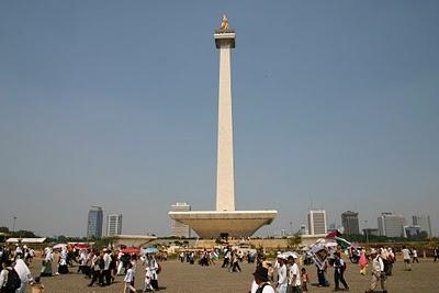 Jakarta, Monas (c) Yves Traynard 2007