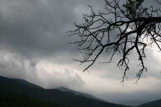 Plaisians, Drôme, Ciel d'orage (c) Yves Traynard 2006
