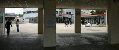 Créteil, Université Paris 12, la Dalle (c) Yves Traynard 2006