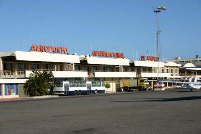 Aeroport de Maputo (c) Yves Traynard 2006