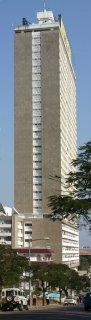 Maputo, Trinta e três andares (c) Yves Traynard 2006