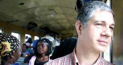 Maputo, à bord du train Maputo- Ressano Garcia (c) Zacarias 2006
