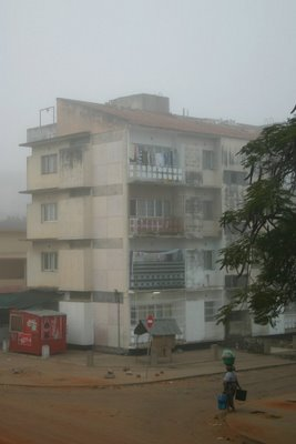Maputo, Petit matin sous le brouillard (c) Yves Traynard 2006