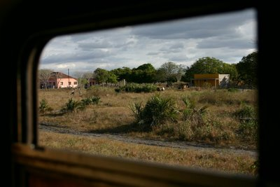 Ligne Maputo-Chókwè (c) Yves Traynard 2006