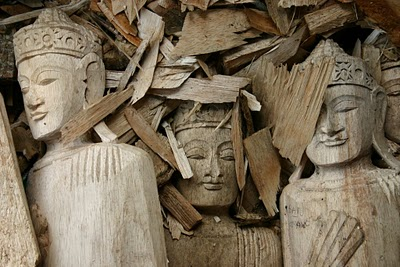 Région d'Ubud, Fabrication de fausses antiquités (c) Yves Traynard 2007