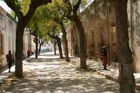 Ilha de Mozambique, ruelle de Piadre (c) Yves Traynard 2006