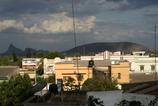 Nampula, City from Commercial Center (c) Yves Traynard 2006