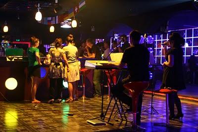 Baoding, Bar (c) Yves Traynard 2009