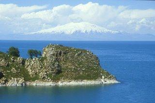 Turquie, Lac de Van (c) Yves Traynard 2002