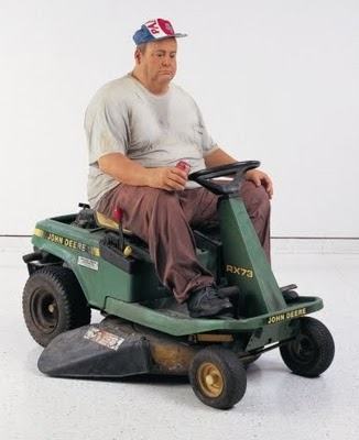 Duane Hanson, Man on Mower, 1995 - Collection Hanson, Davie, Floride - photo : IKA. photo: © ADAGP, Paris 2010 - Courtesy of the Institut für Kulturaustausch, Tübingen