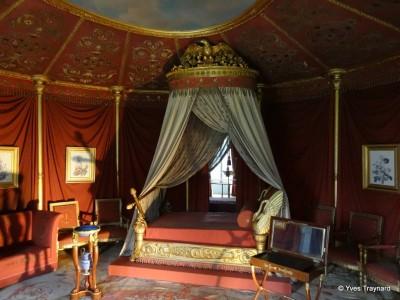 rueil malmaison yves traynard. Black Bedroom Furniture Sets. Home Design Ideas