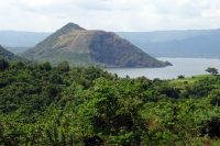Le Taal, un si paisible volcan...